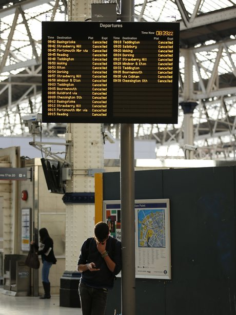 trains cancelled at waterloo station