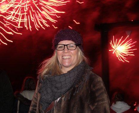 Give it some Heart - Drayton Manor Fireworks Sunda