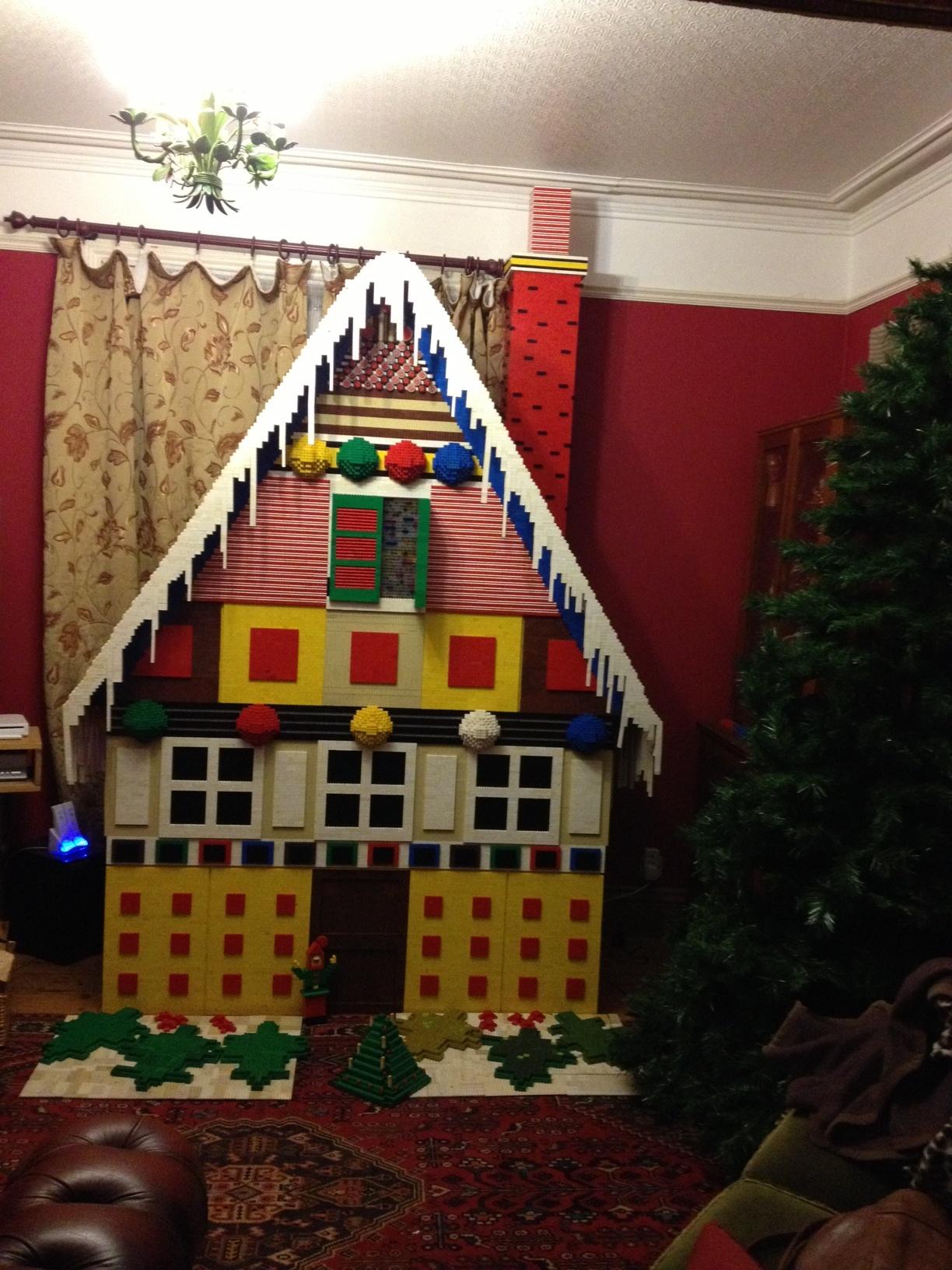 Huntingdon: Family Make A Giant Lego House For Their ...