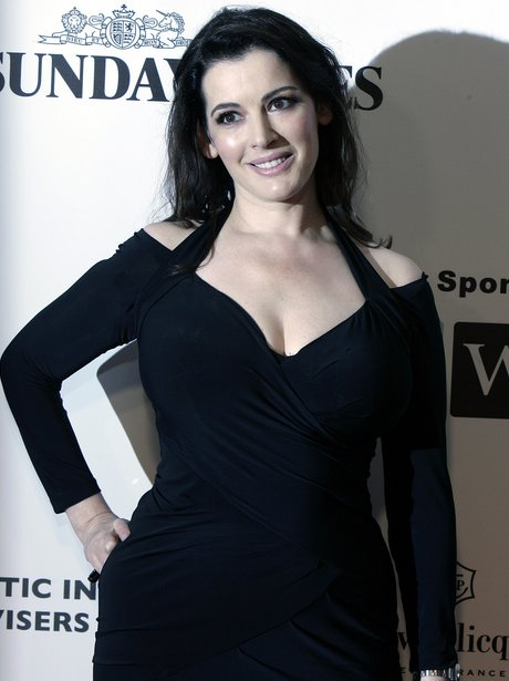 Nigella Lawson shows off her boobs in off-shoudler black plunge dress