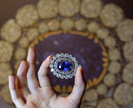 diamond and sapphire brooch