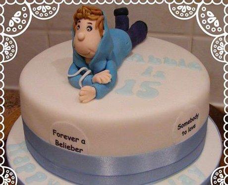 Pleasing Justin Bieber Celebrities Immortalised In Cake Heart Funny Birthday Cards Online Elaedamsfinfo