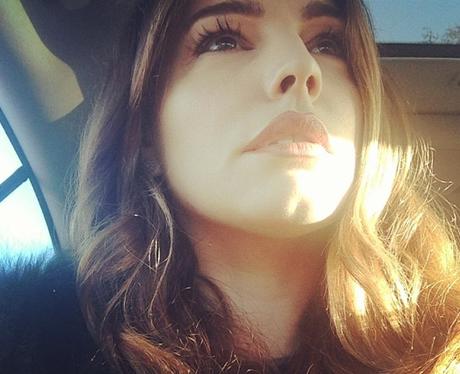 Kelly Brook sunny selfie