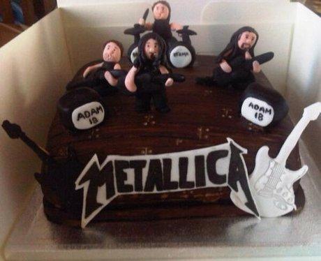 Metallica - Celebrities Immortalised In Cake - Heart