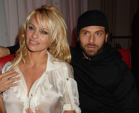 Pamela Anderson and Rick Solomon wedding picture