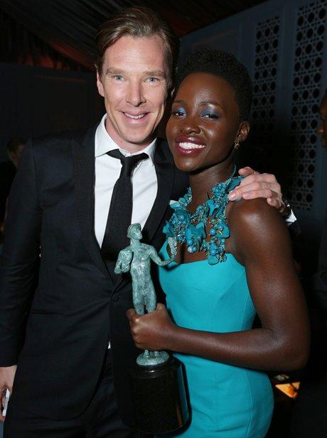 Benedict Cumberbatch hugs Lupita Nyong'o