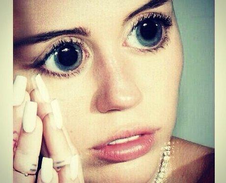 Miley Cyrus with Bratz Dolls eyes