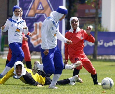 Iranian women play football