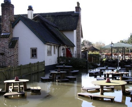 The Cunning Man Pub, Burghfield