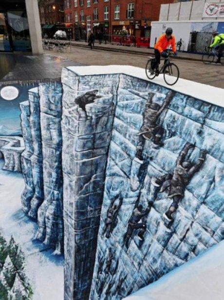 Game of Thrones street art in London