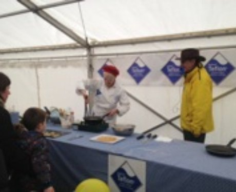 Olney Pancake Race 2014