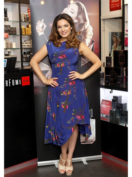 Kelly Brook in blue floral dress