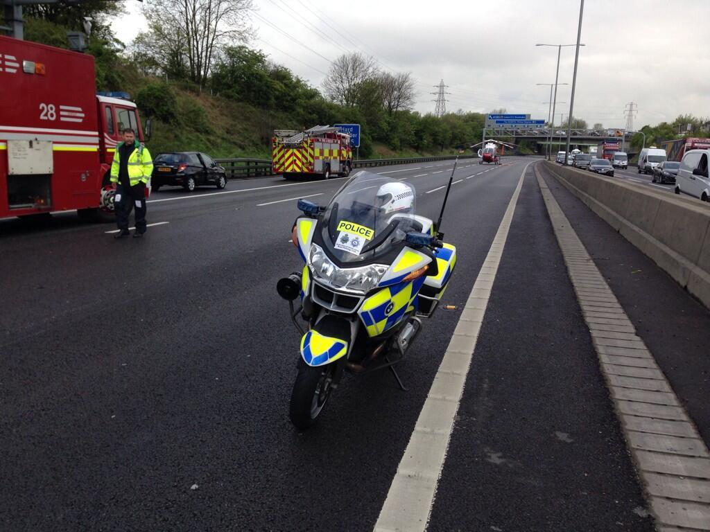 air ambulance bedfordshire m1 crash