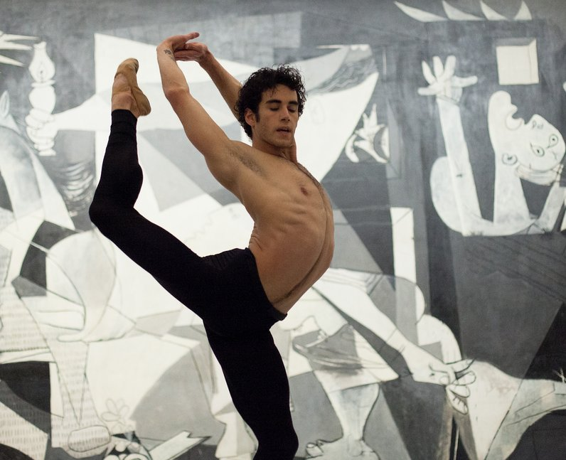 Josue Ullate dances in front of 'The Guernica'