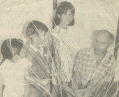 Ian at a basket weaving class