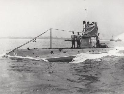 HMS A1 submarine Solent diving trail