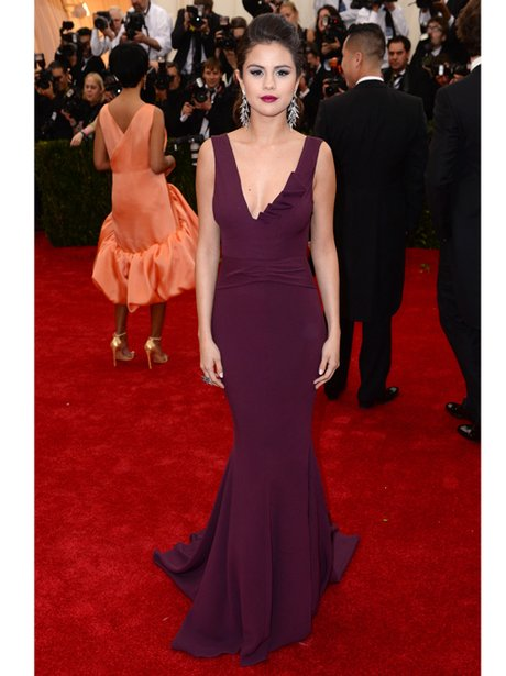 Selena Gomez in a purple dress on the red carpet