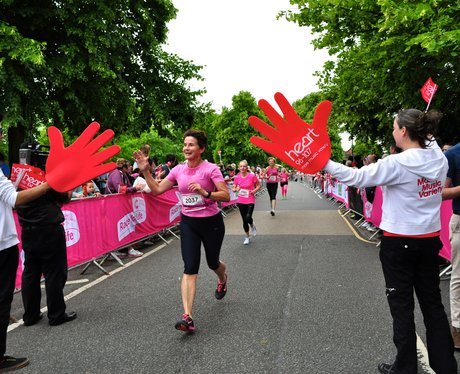 Race For Life 2014 - Bedford Cheer Zone