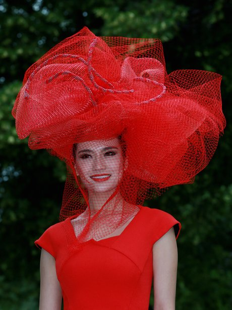 Royal Ascot Red Hat 2014
