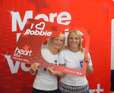 Heart Angels at Robbie Williams!