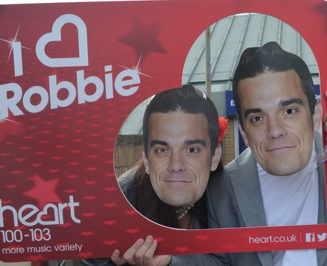 Heart Angels: Robbie Williams Gig