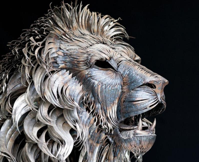 A lion made of scrap metal