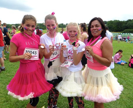 Race For Life 2014 - Stevenage - Finish Line & Med