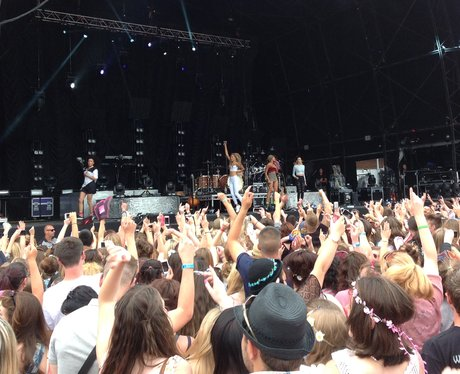 The crowd cheer as Neon Jungle perform their final song!