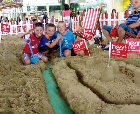 Summer Beach 2014 - centre:mk