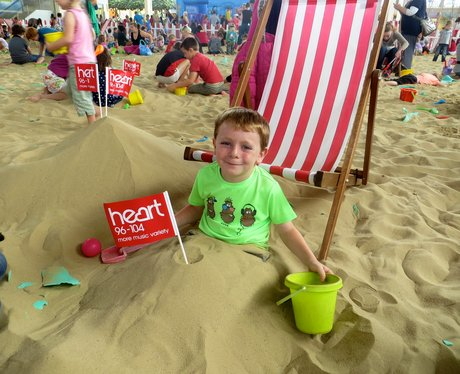 Summer Beach 2014 - centre:mk