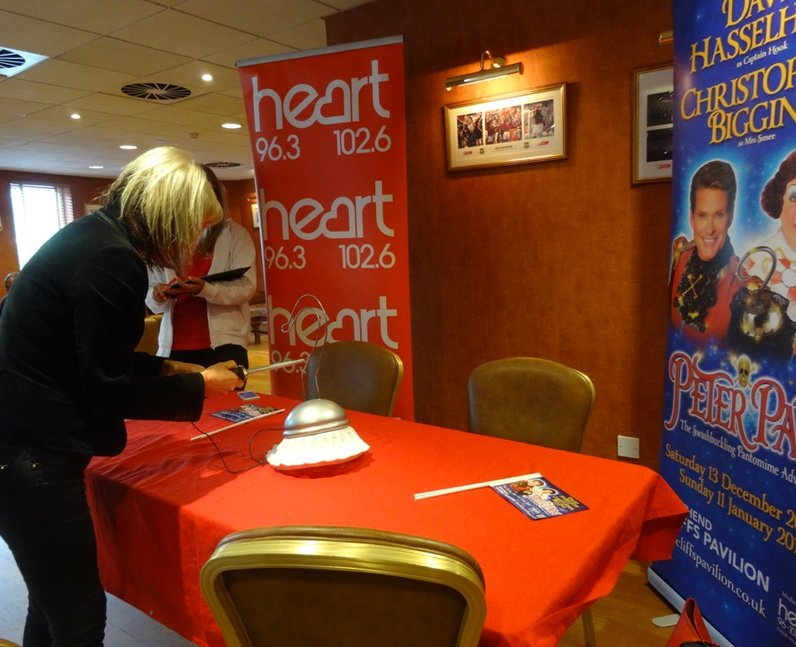 Heart Angels: Workplace Play-Hoffs