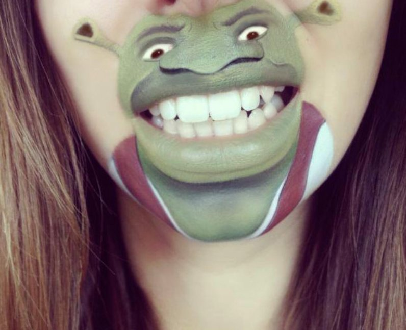 Laura Jenkinson with Shrek painted on her face