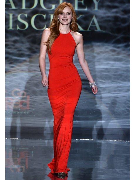 Bella Thorne catwalk