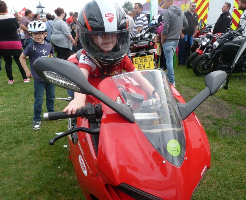 Heart Angels: EAA Motorcycle Run