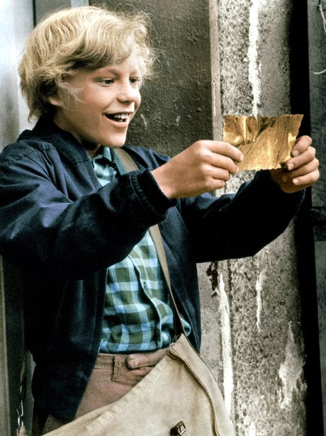 Charlie finds his Golden Ticket in 'Willy Wonka & The Chocolate ...