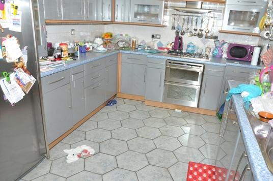 Cerqua twin murder Hythe kitchen