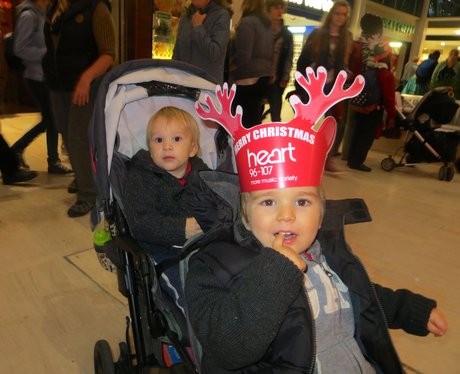 Centre:MK Christmas Parade