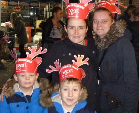 Heart Angels: Rainham Christmas Light Switch On (2
