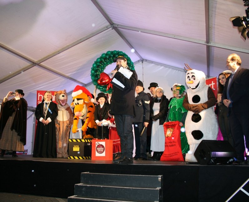 Braintree Town Centre Light Switch On (30 November
