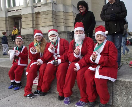 CHSW Santa Fun Run 2014