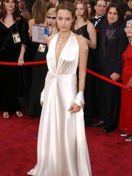 Angelina Jolie at the 2004 Oscars