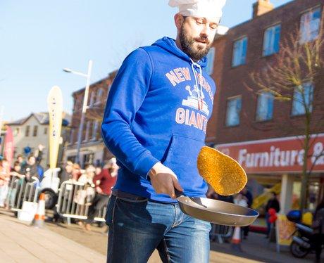 Lowestof Pancake Race 2015