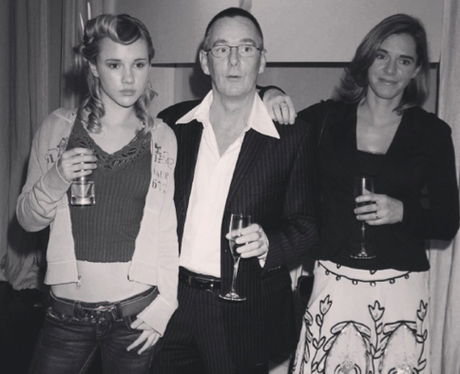 Suki Waterhouse and her parents throwback picture