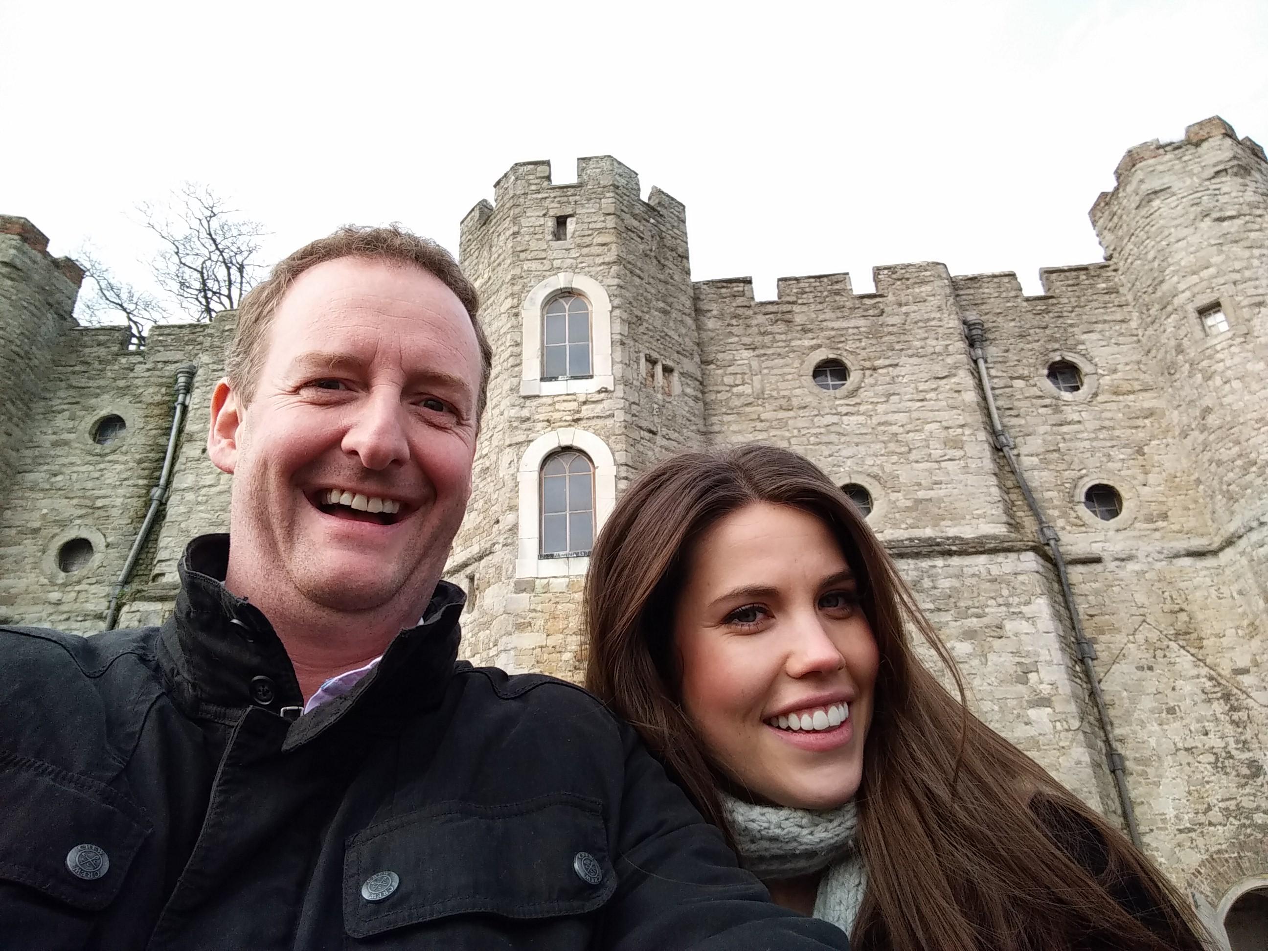 James &  Becky A - Z Selfie U 2
