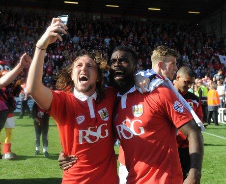Players take a selfie