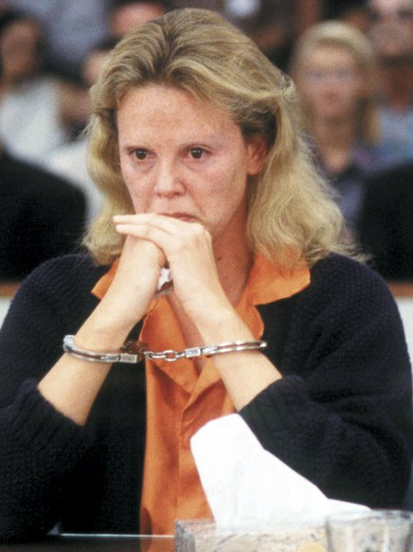 Charlize Theron As Aileen Wuornos In Monster Stars Whove