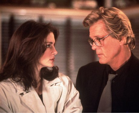 Julia Roberts and Nick Nolte in I Love Trouble