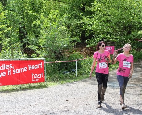 Race For Life Pretty Muddy - cheer zone!