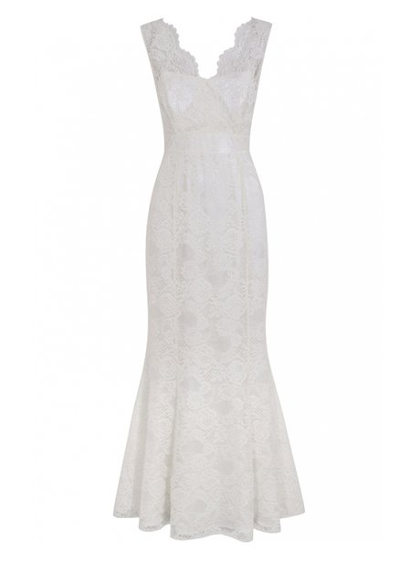 A white lace gown