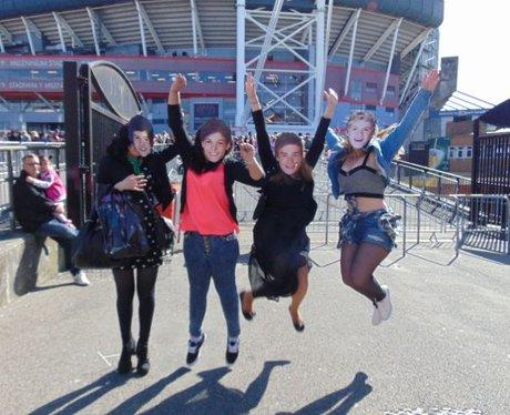 1D Cardiff Friday